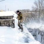 Очистка снега с крыши Александров